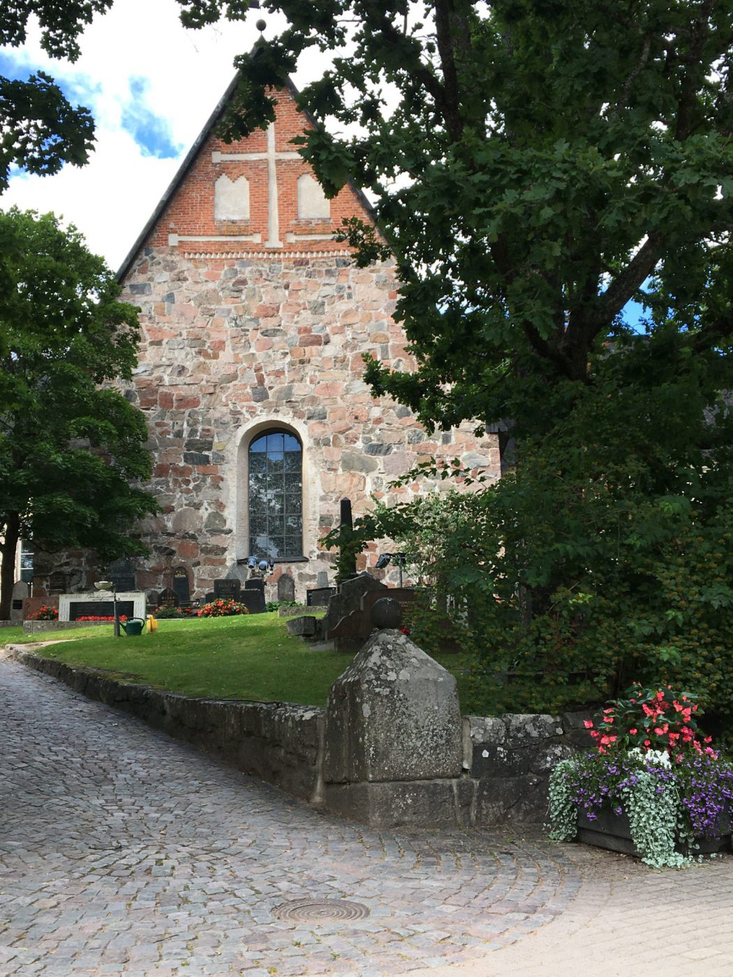 Espoon -Tuomiokirkko-hautaustoimisto-helsinki-espoo-vantaa